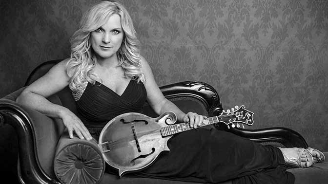 Larry's Country Diner-Rhonda Vincent