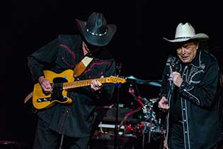 Photo of Mickey Gilley & Johnny Lee - The Urban Cowboy Reunion