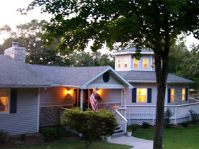 Anchor Inn on the Lake Bed and Breakfast in Branson, MO
