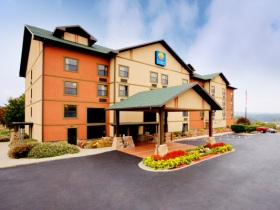 Comfort Inn & Suites in Branson, MO