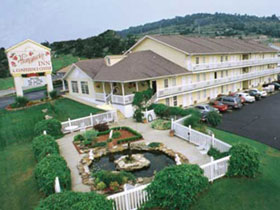 Honeysuckle Inn and Conference Center in Branson, MO
