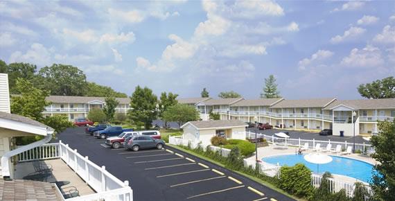 Honeysuckle Inn And Conference Center Branson Mo