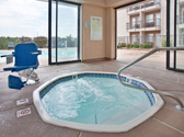 Holiday Inn Express & Suites 76 Central